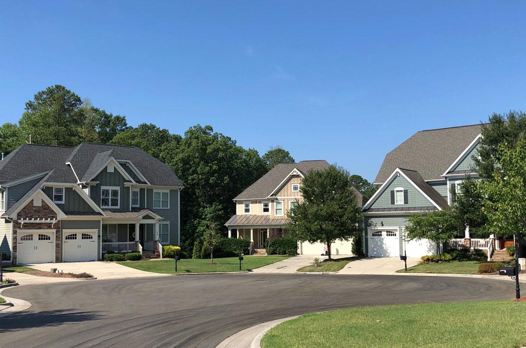 neighborhood in Cary with pool; neighborhood in Cary with community pool; Horton's Creek community pool